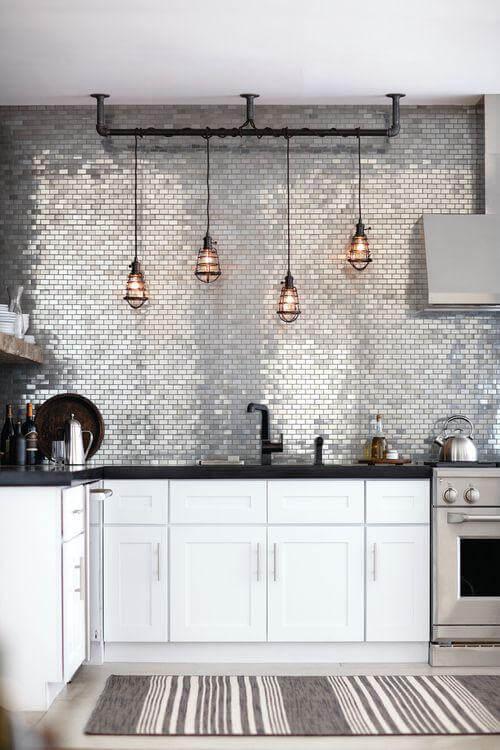 Focus-on-mosaic-tiles-2