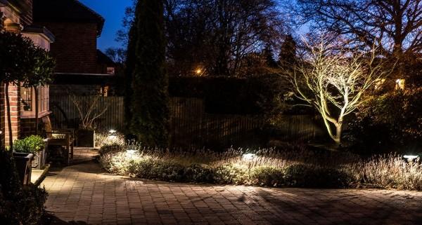GardenLighting-Case_Study_Page-Vicky_Bowden-2