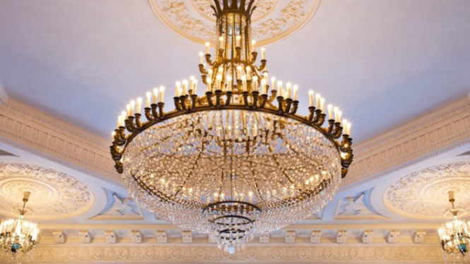 Top 10 Most Expensive Chandeliers In The World2