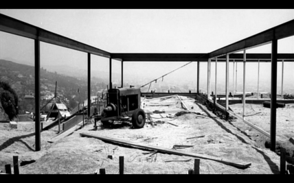 Design Luminy Case-Study-n°22-construction2 Case Study n°22 - 1959 - Pierre Koenig (1925-2004) Références  Pierre Koenig Case Study n°22   Design Marseille Enseignement Luminy Master Licence DNAP+Design DNA+Design DNSEP+Design Beaux-arts