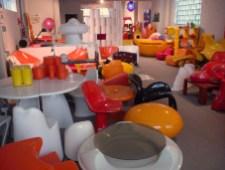 Design Luminy P1060510 Plasticarium - Adam Museum - Bruxelles Histoire du design Références  Plastique Plasticarium Philippe Decelle Bruxelles