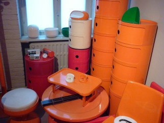 Design Luminy P1060517 Plasticarium - Adam Museum - Bruxelles Histoire du design Références  Plastique Plasticarium Philippe Decelle Bruxelles