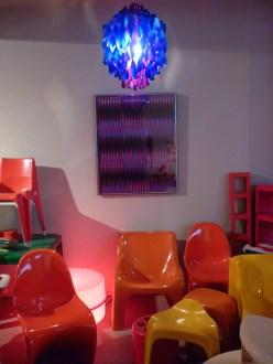 Design Luminy P1060521 Plasticarium - Adam Museum - Bruxelles Histoire du design Références  Plastique Plasticarium Philippe Decelle Bruxelles