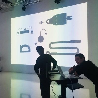 Design Luminy IMG_5065 Conférence de MAXIMUM Intervenants invités  recyclage Maximum déchet Conférence   Design Marseille Enseignement Luminy Master Licence DNAP+Design DNA+Design DNSEP+Design Beaux-arts