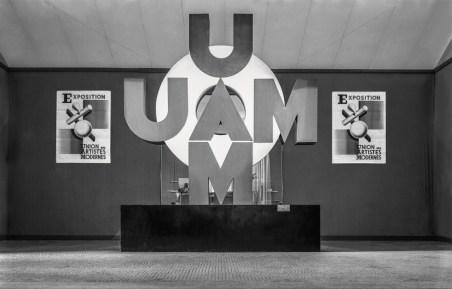 Design Luminy Troisième-exposition-de-l'UAM-au-Pavillon-de-Marsan-1932 L'UAM, entre Luxe et Standard – Arlette Barré-Despond Histoire du design Références Textes  UAM Robert Mallet-Stevens Pierre Chareau