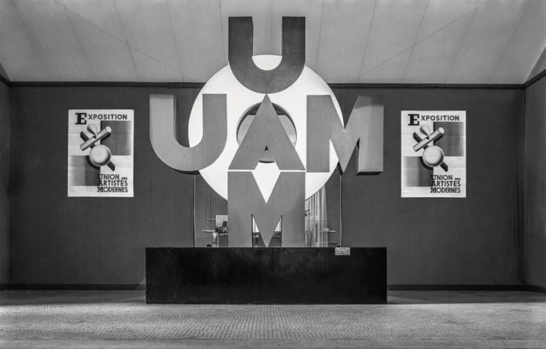 Design Luminy Troisième-exposition-de-l'UAM-au-Pavillon-de-Marsan-1932 L'UAM, entre Luxe et Standard Références  UAM   Design Marseille Enseignement Luminy Master Licence DNAP+Design DNA+Design DNSEP+Design Beaux-arts
