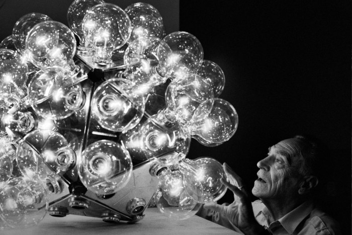 Design Luminy Achille-Castiglioni Achille Castiglioni 1918-2002 Histoire du design Références Textes  artisanat Achille Castiglioni