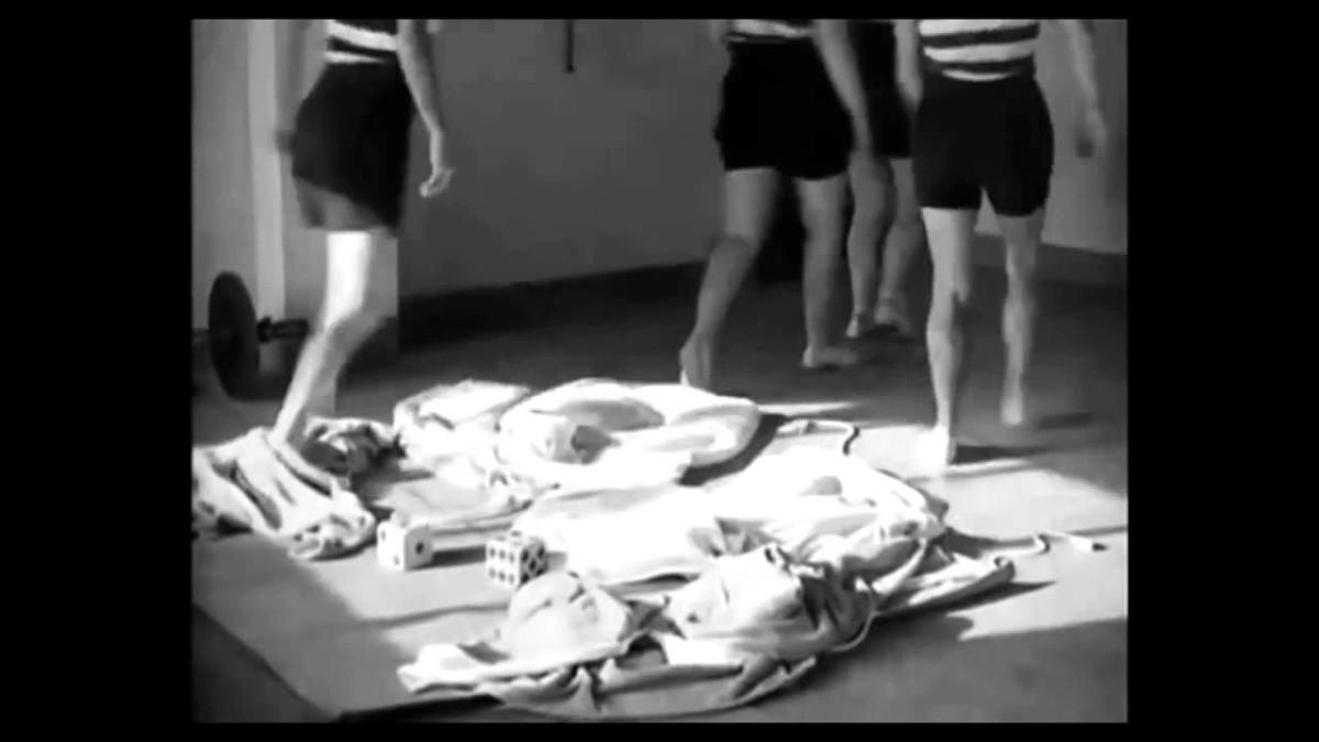 Design Luminy maxresdefault Les mystères du château du dé – Man Ray, 1929 Histoire du design Références  Villa Noailles Robert Mallet-Stevens Man Ray   Design Marseille Enseignement Luminy Master Licence DNAP+Design DNA+Design DNSEP+Design Beaux-arts