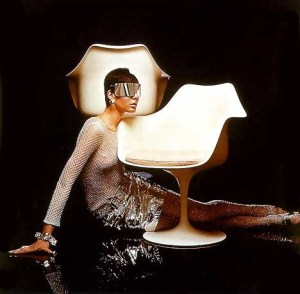Design Luminy chaise-tulipe-saarinen-publicite7_21621777386_o Chaise Tulipe 1956 – Eero Saarinen (1910-1961) Histoire du design Icônes Références  Tulipe Knoll Eero Saarinen