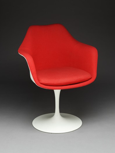Design Luminy fauteuil-tulipe-saarinen2_21026794793_o-1 Chaise Tulipe 1956 – Eero Saarinen (1910-1961) Histoire du design Icônes Références  Tulipe Knoll Eero Saarinen   Design Marseille Enseignement Luminy Master Licence DNAP+Design DNA+Design DNSEP+Design Beaux-arts
