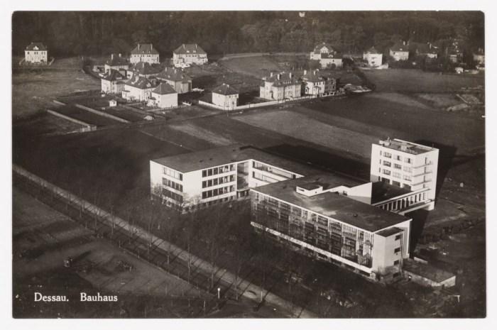 Design Luminy 361582 Architecture du Bauhaus – Documentaire Histoire du design Icônes Références  Bauhaus