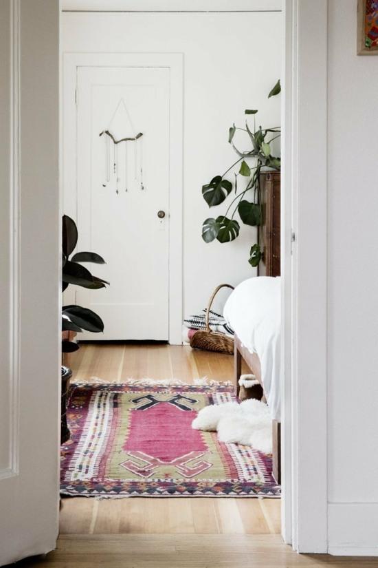 tapis de couloir en peu cache en tons roses maison deco interieur
