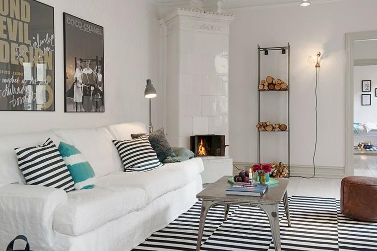 tapis moderne a rayures en noir et blanc