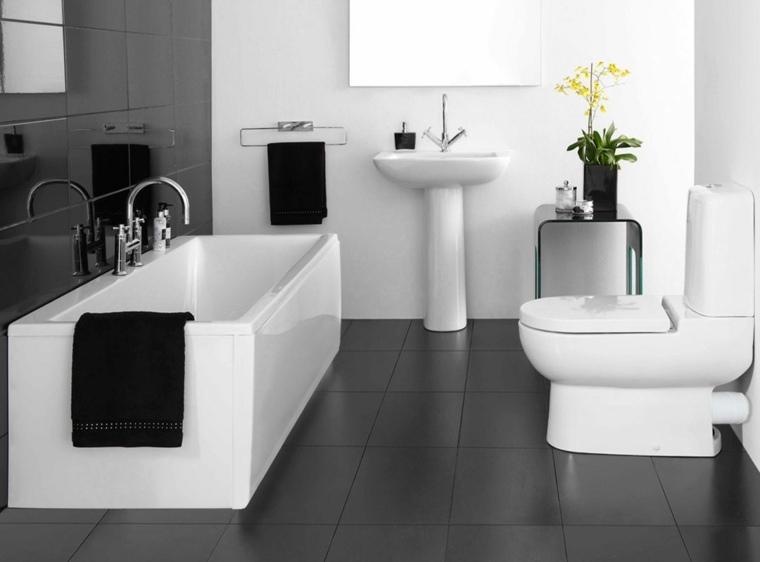 salle de bain avec baignoire design