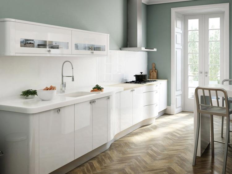 cuisine moderne blanche avec des