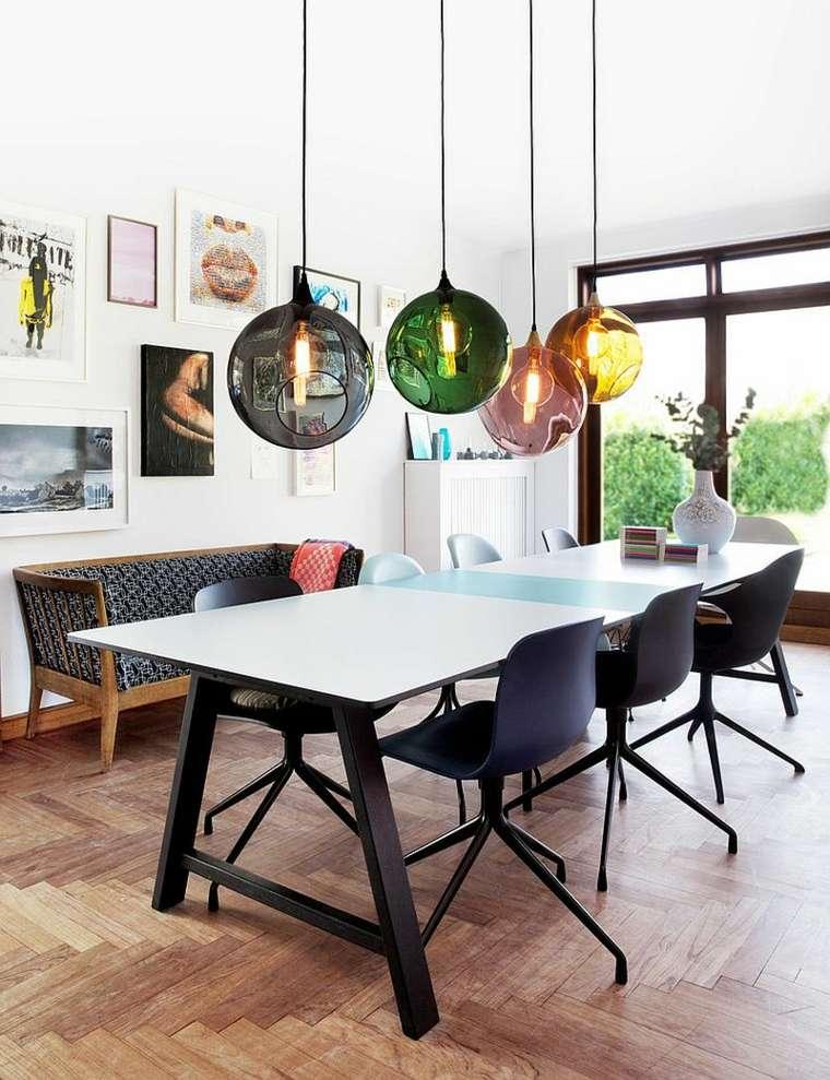 luminaire suspendu design salle a manger deco interieur table blanche banc bois deco mur