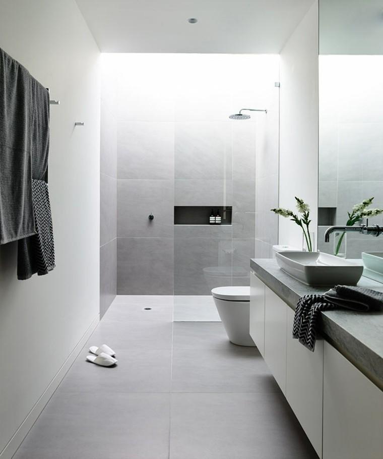 salles de bains de style minimaliste