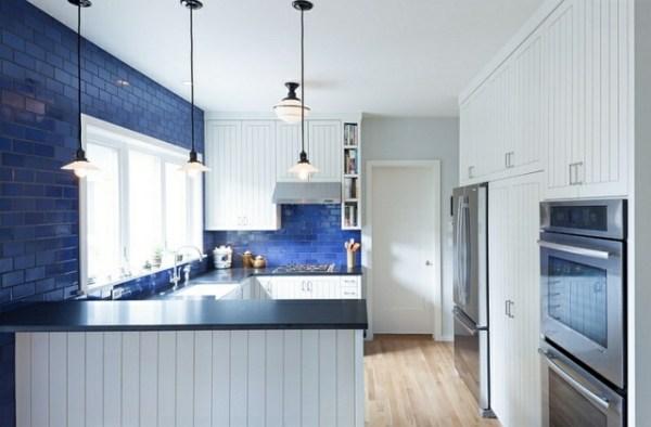 Déco intérieur - blanc et bleu, combinaison classique