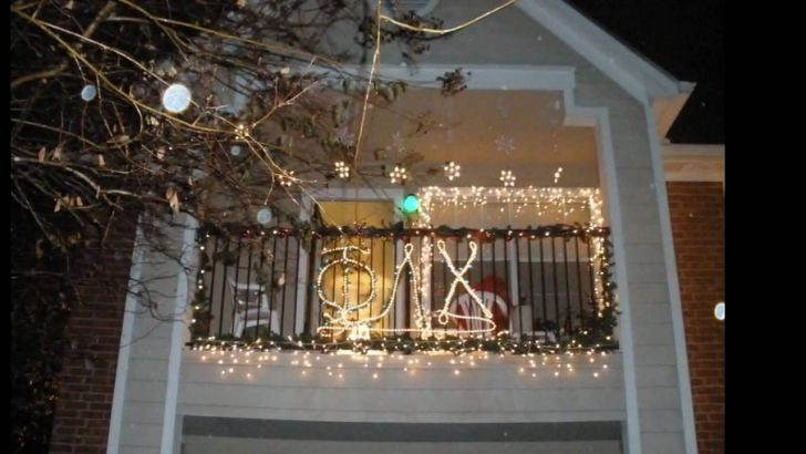 Get Apartment Balcony Christmas Light Ideas PNG