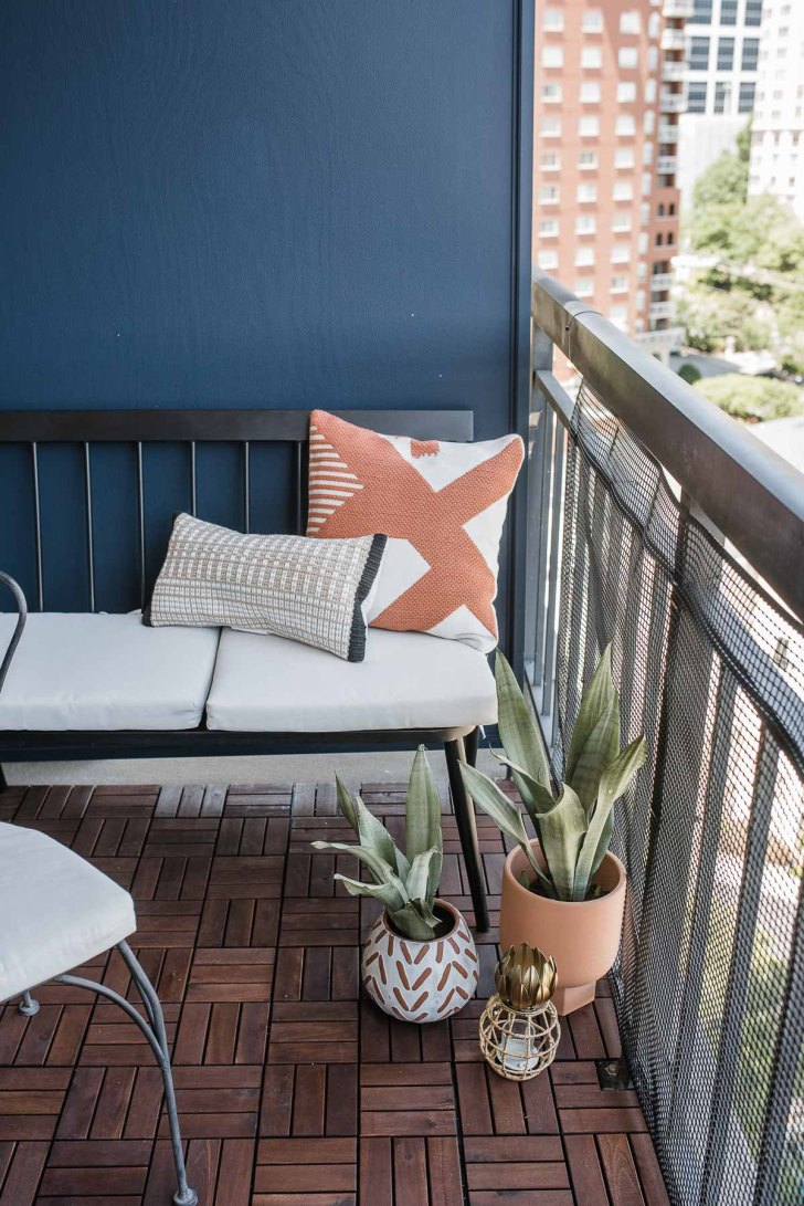 26+ Apartment Balcony Cover Ideas Background
