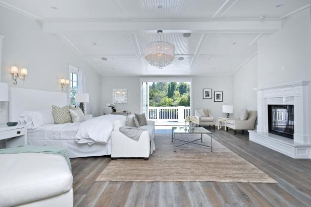 View Hgtv White Bedroom Designs Pics