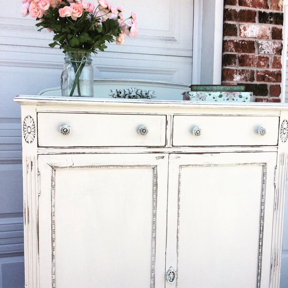 Shabby Chic With Milk Paint