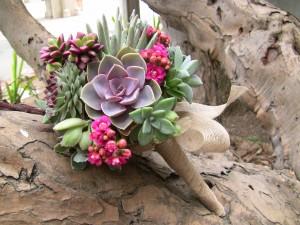 mixed-succulent-bouquet-1648-300x225