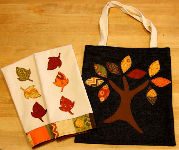 Moda towels with tote