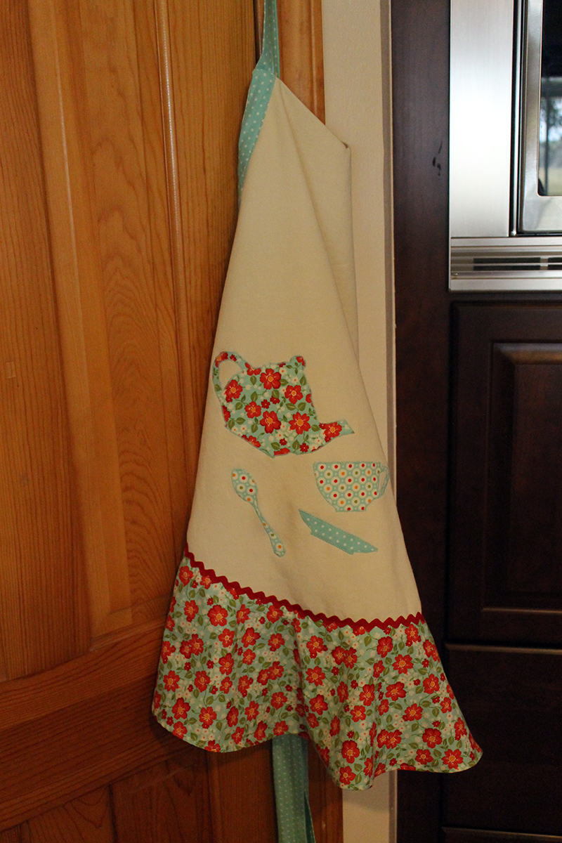 apron made with off-white denim and Moda fabrics from Bonnie and Camille