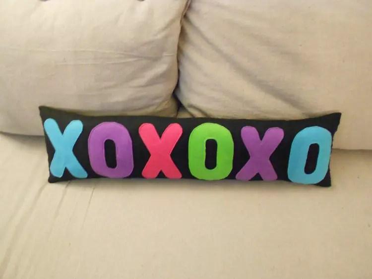 XOXOXO Pillow - The Craft Alternative