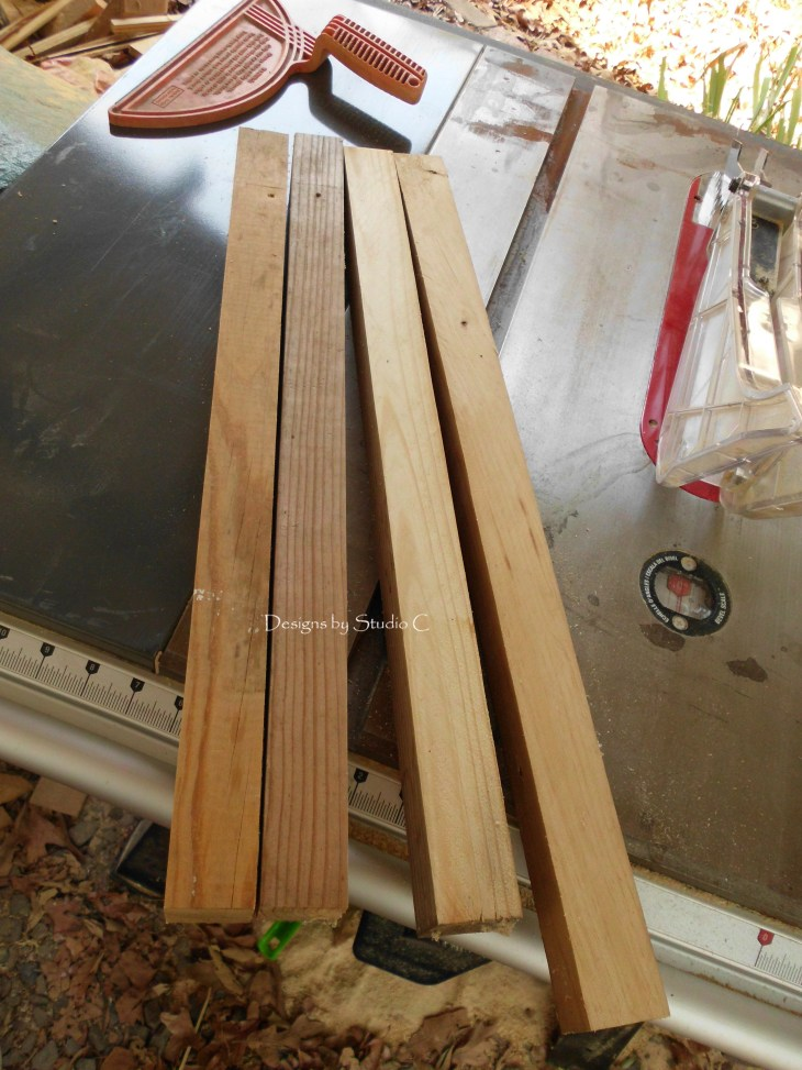 how to use a tapering jig on the table saw SANY1118