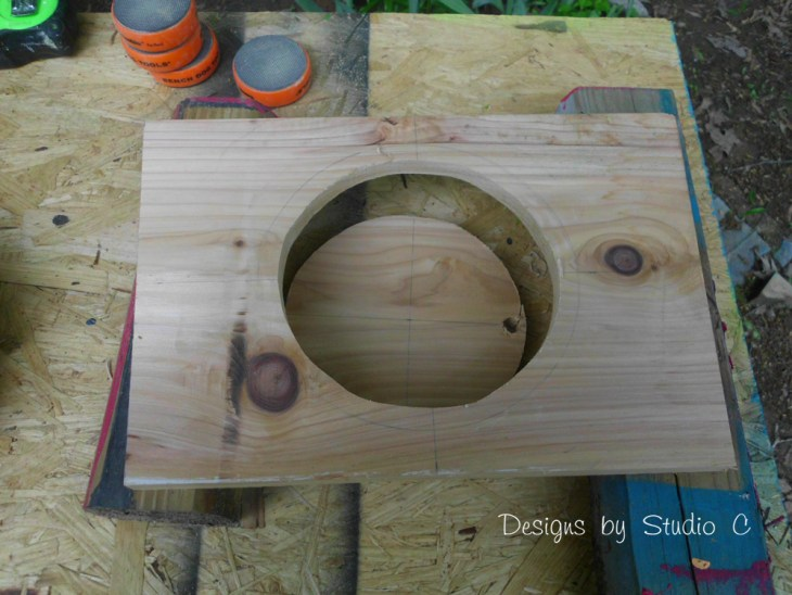 How to Make a Planter using an Old Wooden Chair_Planter Hole