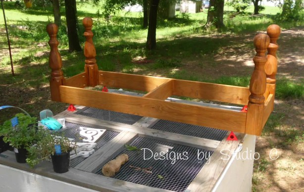 how to build a bench using an old door SANY2229