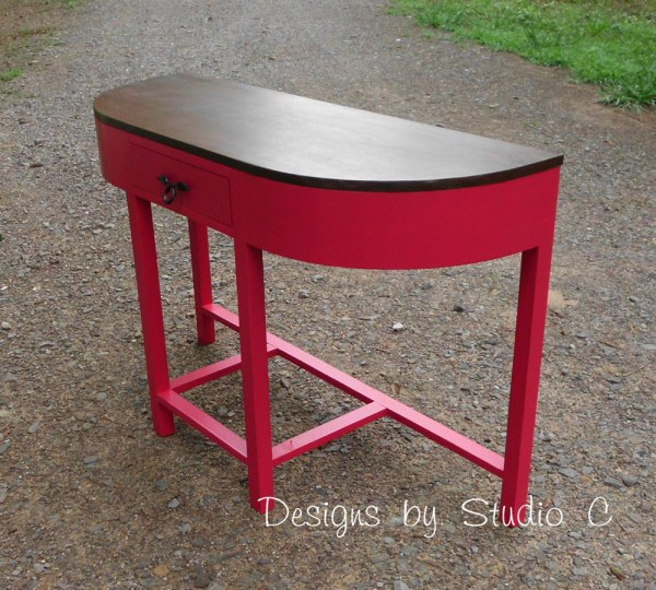the demilune table SANY2463