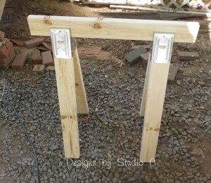 build sawhorse table brackets SANY2574