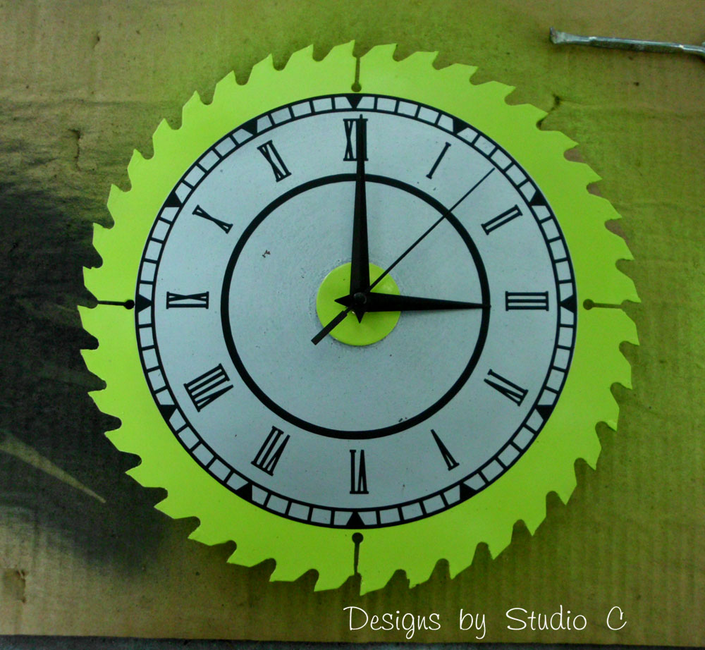 How To Make A Saw Blade Clock