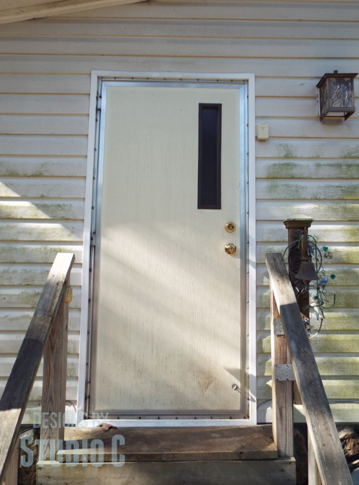 Install a Glass Panel in a Mobile Home Door_Before