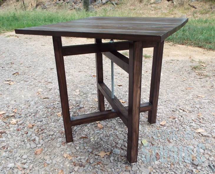DIY Plans to Build a Cross-Leg End Table_Front View