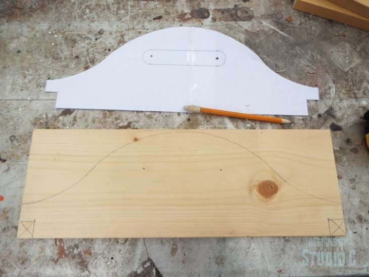 DIY Plans to Build a Vegetable Gathering Basket - Tracing Handle Tempate