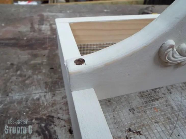 DIY Plans to Build a Vegetable Gathering Basket - Handle Screw 2