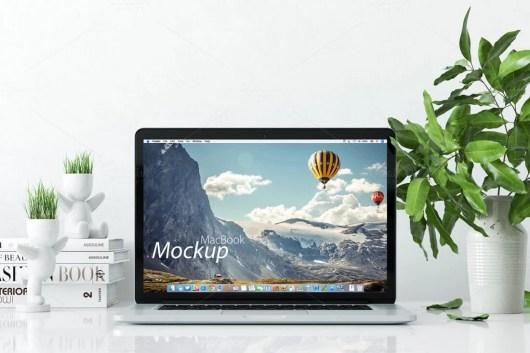 mockup-macbook-on-the-desk