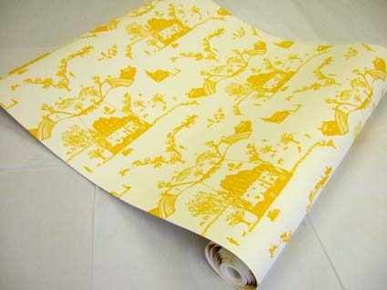 Emma Maloney Beastly Chronicles Saki Yellow Wallpaper