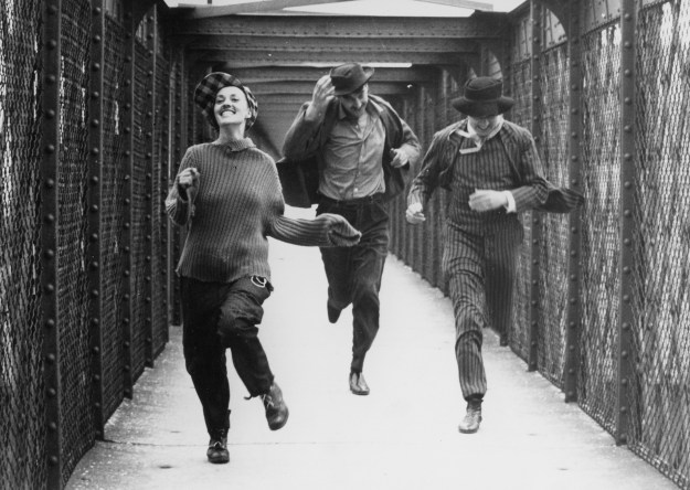 Jules et Jim Running Bridge Shot Truffaut Nouvelle Vague