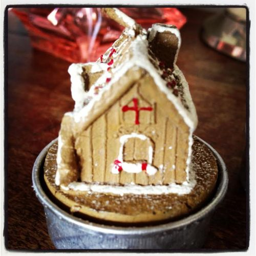 Gingerbread House lebkuchen tealight christmas candle