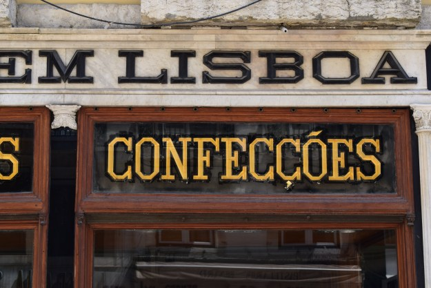 Confeccoes art nouveau typography Lisbon