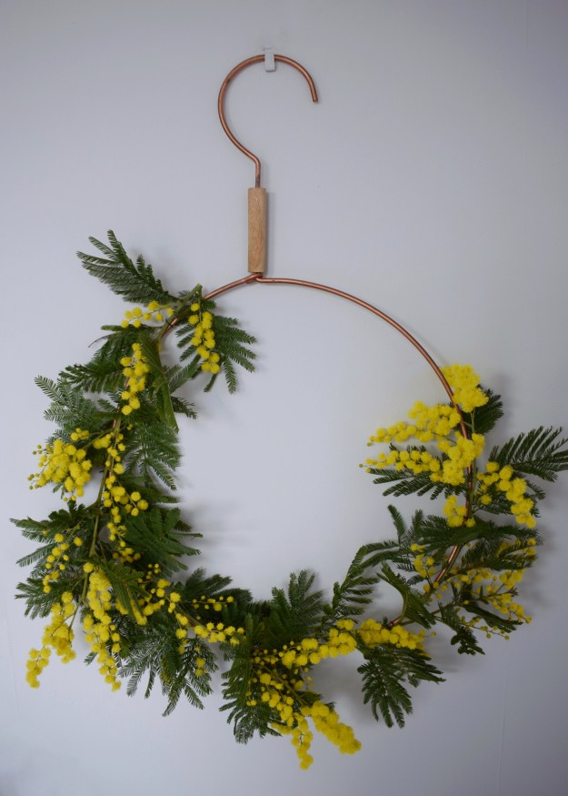 Spring easter craft how to make spring flower wreath scandinavian fragrant simple decoration