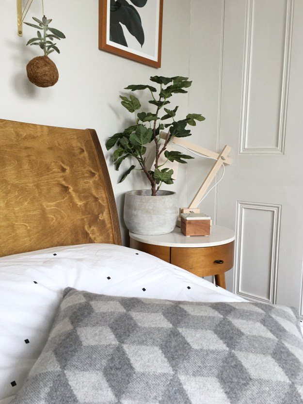 scandinavian monotone kinfolk bohemian bedroom interiors ideas and inspiration, plant styling