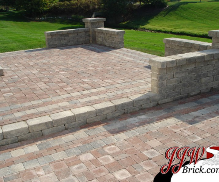 simple-brick-paver-patio-designs