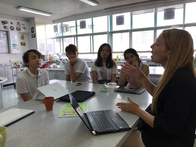 Visiting Dietitian talks to the new IB Food Science students