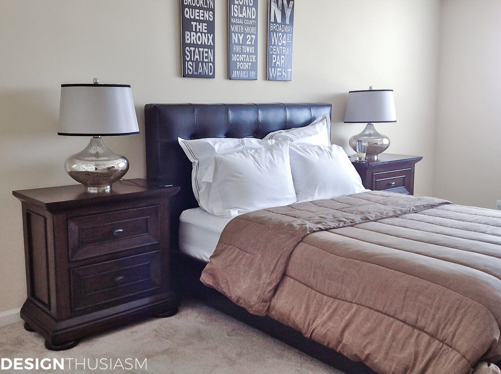 Bachelor Pad Decor Part 3: Classic Mens Bedroom Ideas on Guys Small Bedroom Ideas  id=56735